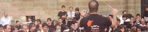 Dirigiendo la Banda del CIM Ciudad de Astorga, julio de 2007