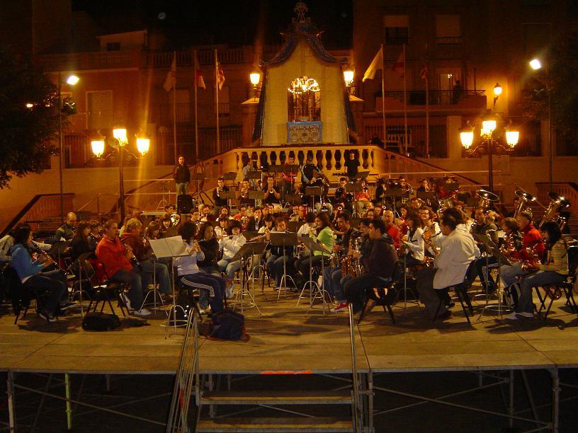 15 DE NOVEIMBRE..........CULLERA (Valencia) Dsc071032