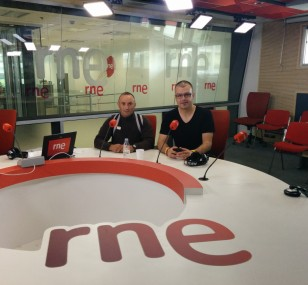 En los estudios centrales de RNE en Prado del Rey, Madrid